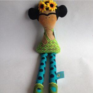 Mucharejo_muñecos_de_tela_hecho_a_mano_regalos_especiales_Frida_Khalo_muñecos_personalizadoss